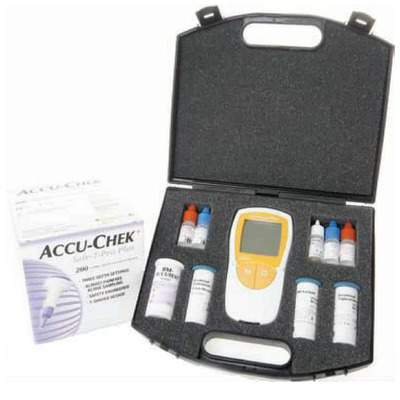 Roche Accutrend Plus Complete Kit